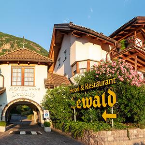 | Hotel & Restaurant Lewald